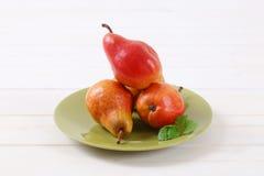 Зрелые красные груши Стоковое Фото