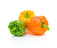 Зрелые сладостные перцы на белой предпосылке с крупным планом отражения Стоковые Фото