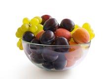 Зрелые сливы, виноградины и абрикосы Стоковая Фотография RF