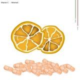 Зрелый апельсин с витамин C на белой предпосылке Стоковое Изображение RF