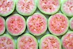Зрелый и свежий конец guava вверх для предпосылки Стоковое Изображение RF