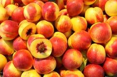 Зрелый персик Стоковая Фотография