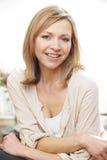 Зрелый портрет женщины стоковые изображения rf