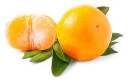 2 зрелых tangerines изолированного на белой предпосылке Стоковые Фото