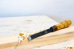 Зубило на деревянном баре Стоковое Изображение RF