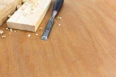 Зубило плотника с досками и shavings Стоковое Фото