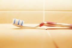 Зубная щетка в ванной комнате Стоковое Изображение RF