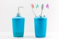 Зубные щетки и насос мыла Стоковое Изображение