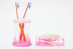 Зубные щетки и поднимающее вверх мыла близкое Стоковые Фотографии RF