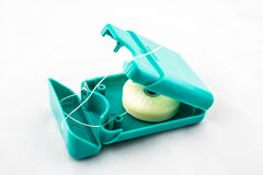 Зубоврачебная зубочистка в пакете открытого квадрата на белой предпосылке стоковые изображения rf