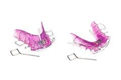 Зубоврачебная съемная расчалка, ортодонтическая Незримые расчалки Стоковые Изображения