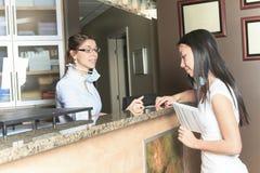 Зубоврачебное назначение работник службы рисепшн помощи Стоковое Фото