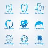 Зубоврачебный логотип клиники и обслуживания vector установленный дизайн Стоковое Фото