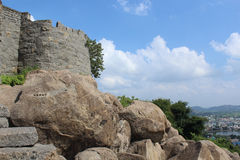 Зубчатая стена форта Gingee стоковое изображение