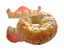 зубы еды bagel вкусные Стоковая Фотография RF