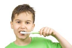 зубы чистки Стоковое Изображение