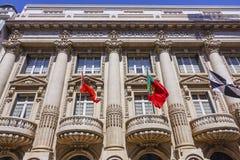 Здание банка в Лиссабоне - Банко Totta Acores стоковая фотография rf