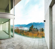 Здание, взгляд от террасы Стоковые Изображения RF
