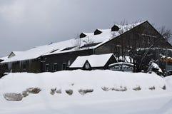 Здание в снежке Стоковое Изображение RF
