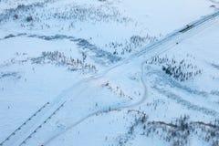 Здание газопровода в Сибире в зиме, взгляд сверху Стоковые Фото