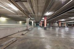 здание гаража внутреннее промышленное, опорожняет подземный b Стоковые Изображения