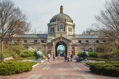 Здание зоопарка бронкс стоковая фотография rf