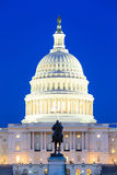 Здание капитолия США на сумраке, Вашингтон Стоковое Изображение