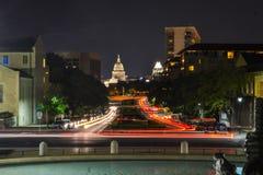 Здание капитолия Техаса от кампуса Остина Техасского университета Стоковые Изображения