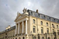 Здание муниципалитет в дворце герцогов и имущества бургундского dijon Франция Стоковые Изображения RF