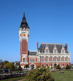 Здание муниципалитет Кале, Франции стоковое фото rf