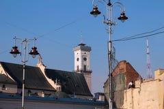 Здание муниципалитет Львова, висок и башня ТВ Стоковые Фото