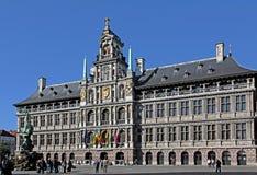 Здание муниципалитет на Grote Markt, Antwerpen, Бельгии Стоковая Фотография RF
