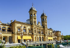 Здание муниципалитет Donostia San Sebastian Испании стоковое изображение rf