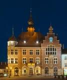 Здание муниципалитет Tarnowskie окровавленный, Польша стоковое изображение rf