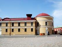 Здание мяты dvor Monetniy старое в Санкт-Петербурге стоковые фото
