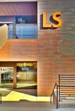 Здание наук о жизни стоковое изображение rf