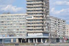 Здание на окраинах Санкт-Петербурга Стоковые Фотографии RF