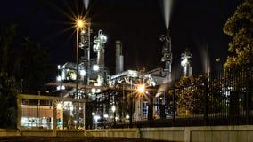 Здание нефтеперерабатывающего предприятия Стоковая Фотография RF
