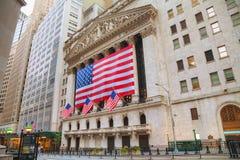 Здание нью-йоркская биржа в Нью-Йорке Стоковое Изображение