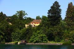 Здание около озера Люцерн Стоковые Фотографии RF
