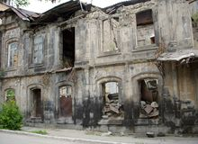 Здание после землетрясения, Gyumri, Армения Стоковое фото RF