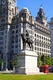 Здание статуи и печени Эдварда VII стоковые фотографии rf