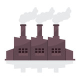 Здание фабрики с стогами дыма Стоковые Изображения