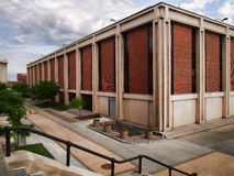 Здание физики университета Сиракуза стоковые фотографии rf