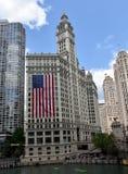 Здание & флаг Wrigley Стоковое Изображение RF
