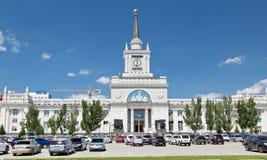 Здание центрального железнодорожного вокзала после реконструкции стоковое фото