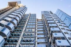 Здание, aka внутренность Ллойд - вне строящ, футуристическое стоковые фото