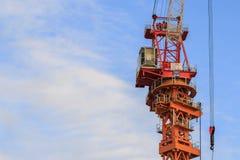 Здание buildingCrane строения Стоковое фото RF