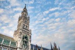 Здание Neues Rathaus в Мюнхене, Германии Стоковая Фотография RF