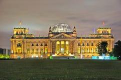 Здание Reichstag, Берлин Германия Стоковые Фотографии RF